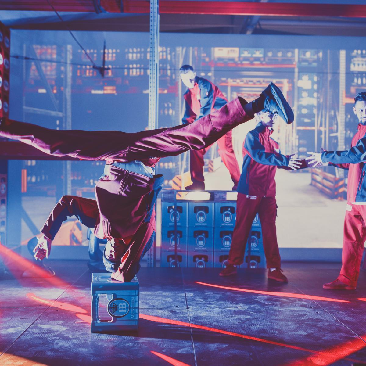 acrobatic_dancers